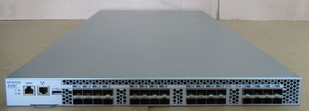 Brocade EMC MP-8000B 32 Port Active 24 x10Gb/FCoE 8Gbps Fibre Switch 100-652-568